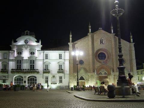 Asti. Piazza San Secondo